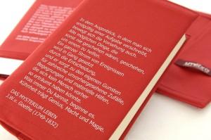 Buchhülle mit Goethezitat